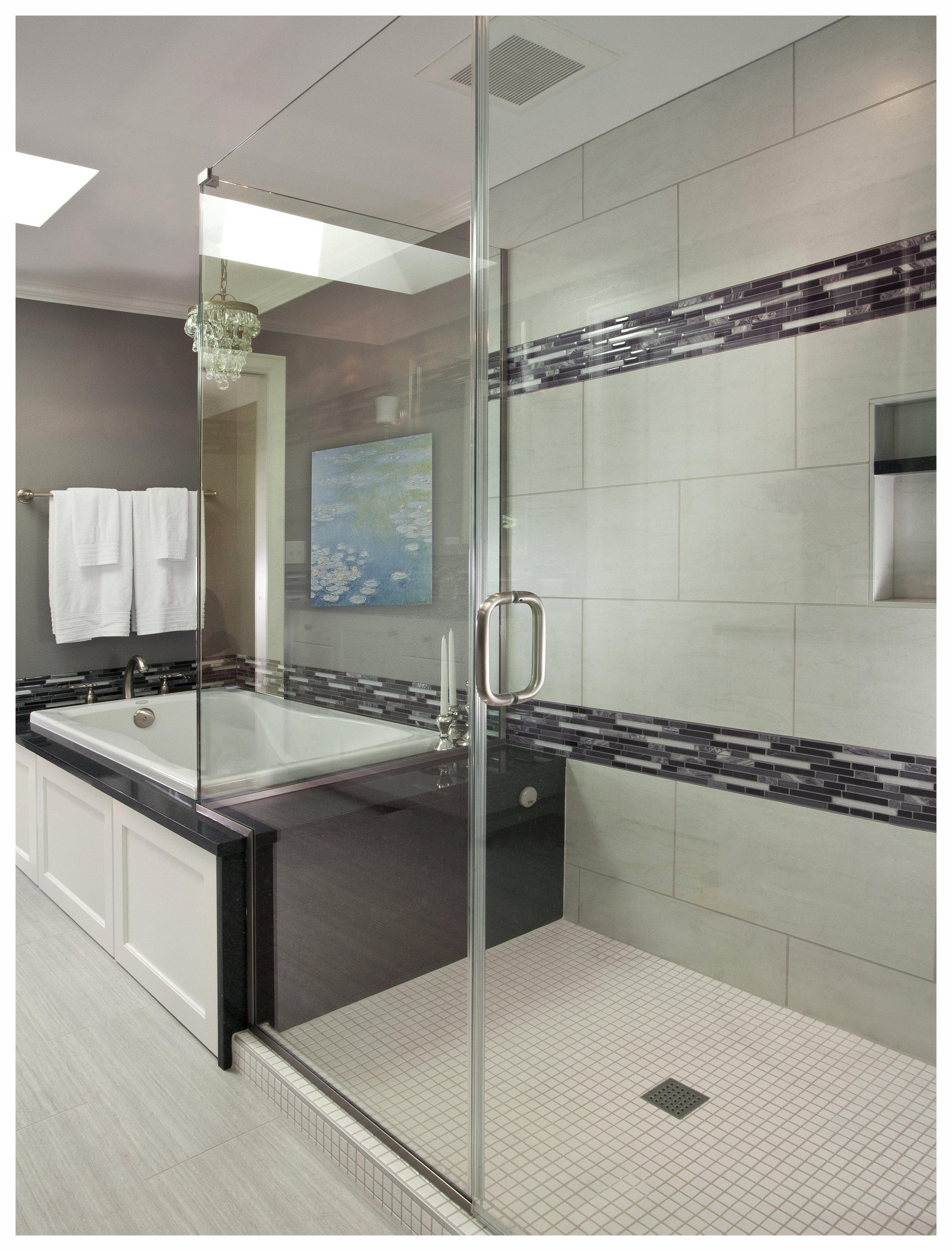 Kenmore Transitional Master Bath 3.jpg
