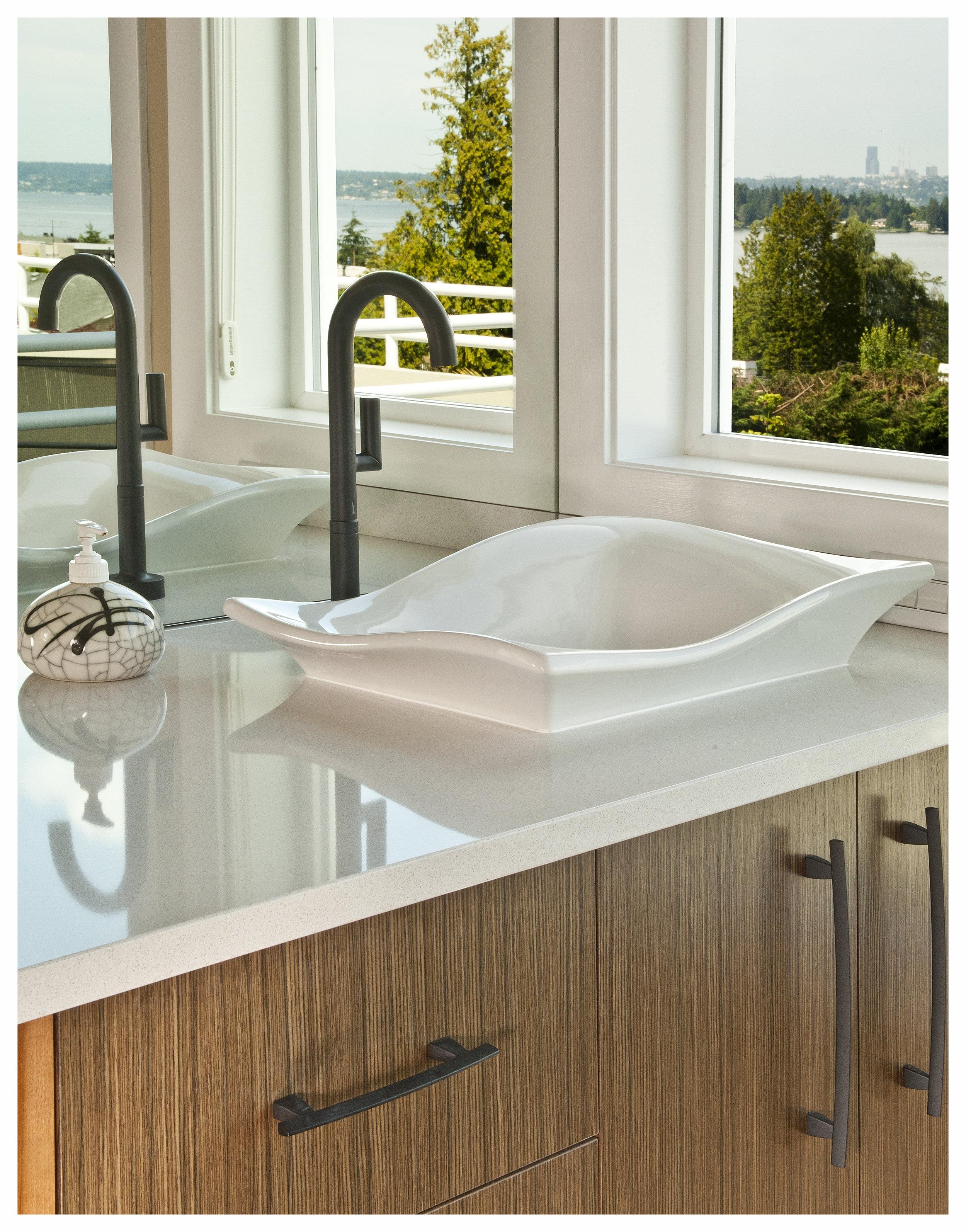 Kirkland Contemporary Master Bath 7 (2).jpg