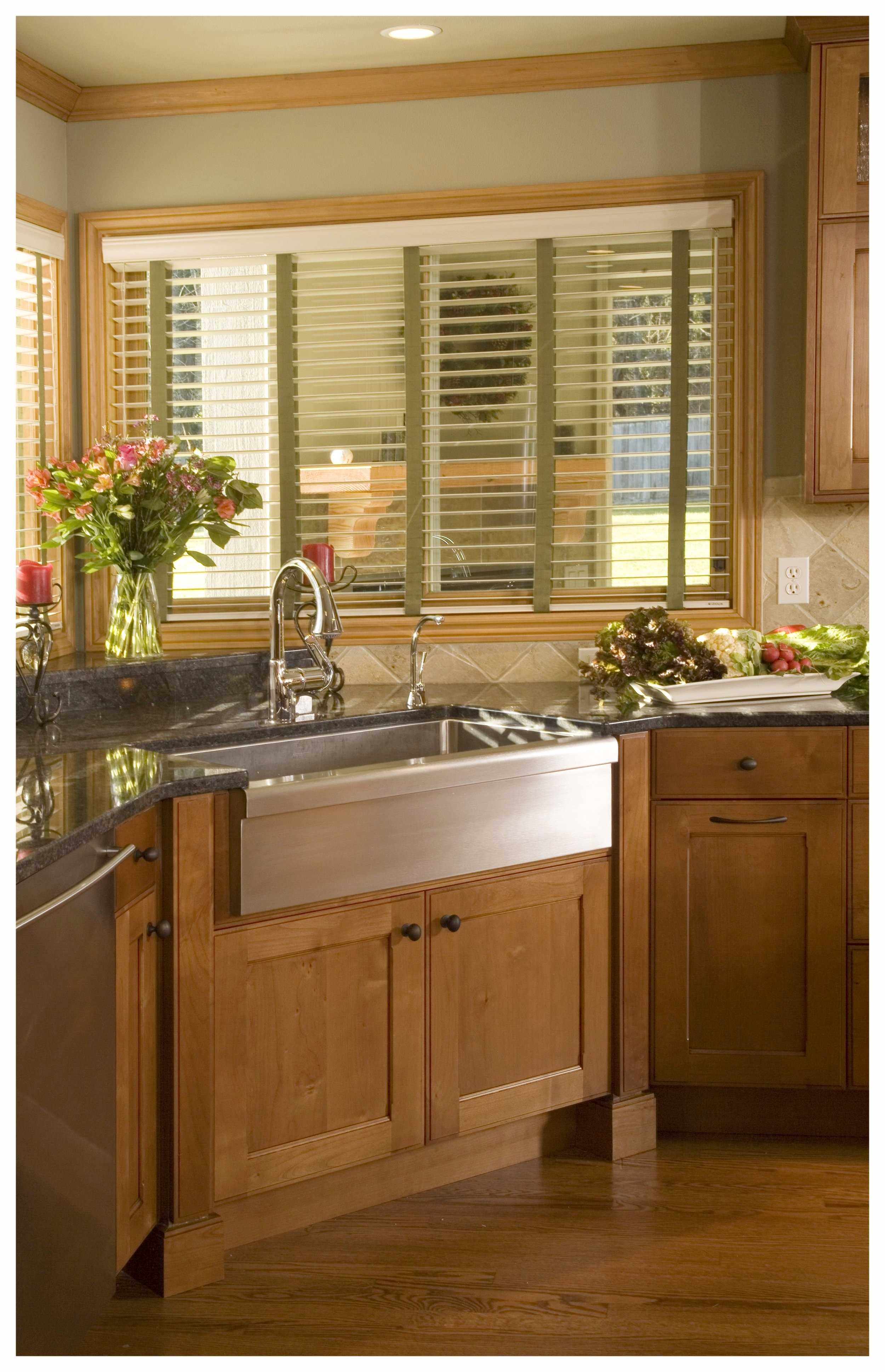 Woodinville Brookside Traditional Kitchen 4.jpg