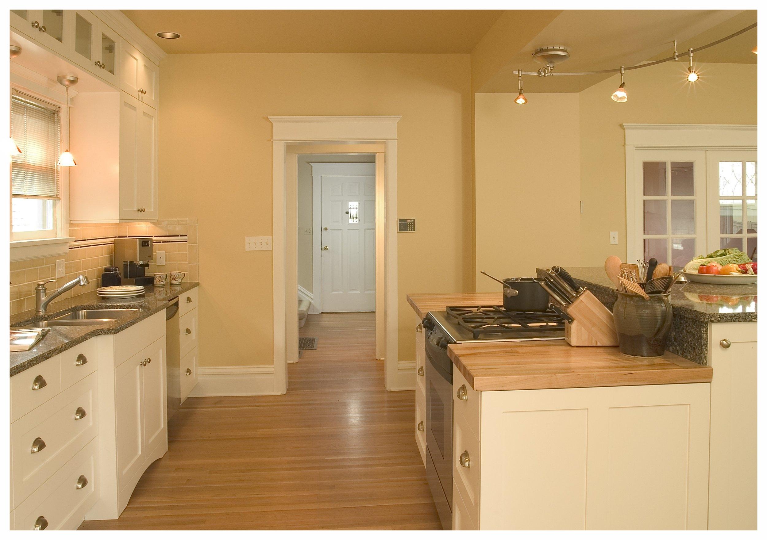 Seattle Capitol Hill Craftsman Kitchen 4.jpg