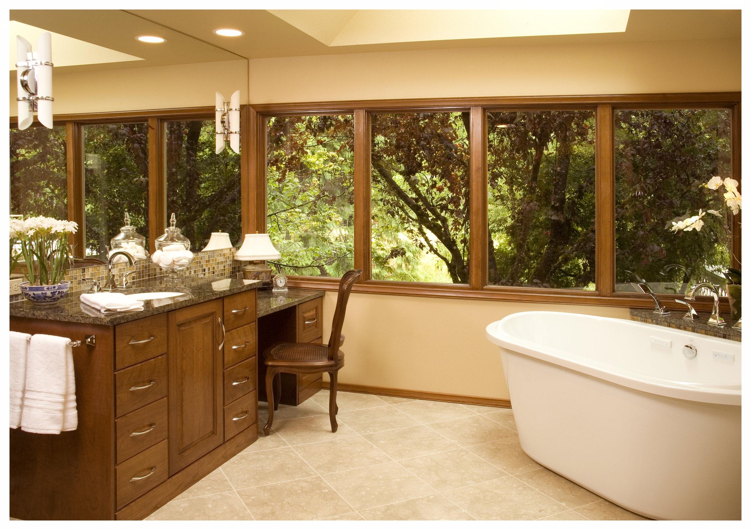 Woodinville Bear Creek Traditional Master Bath 1.jpg