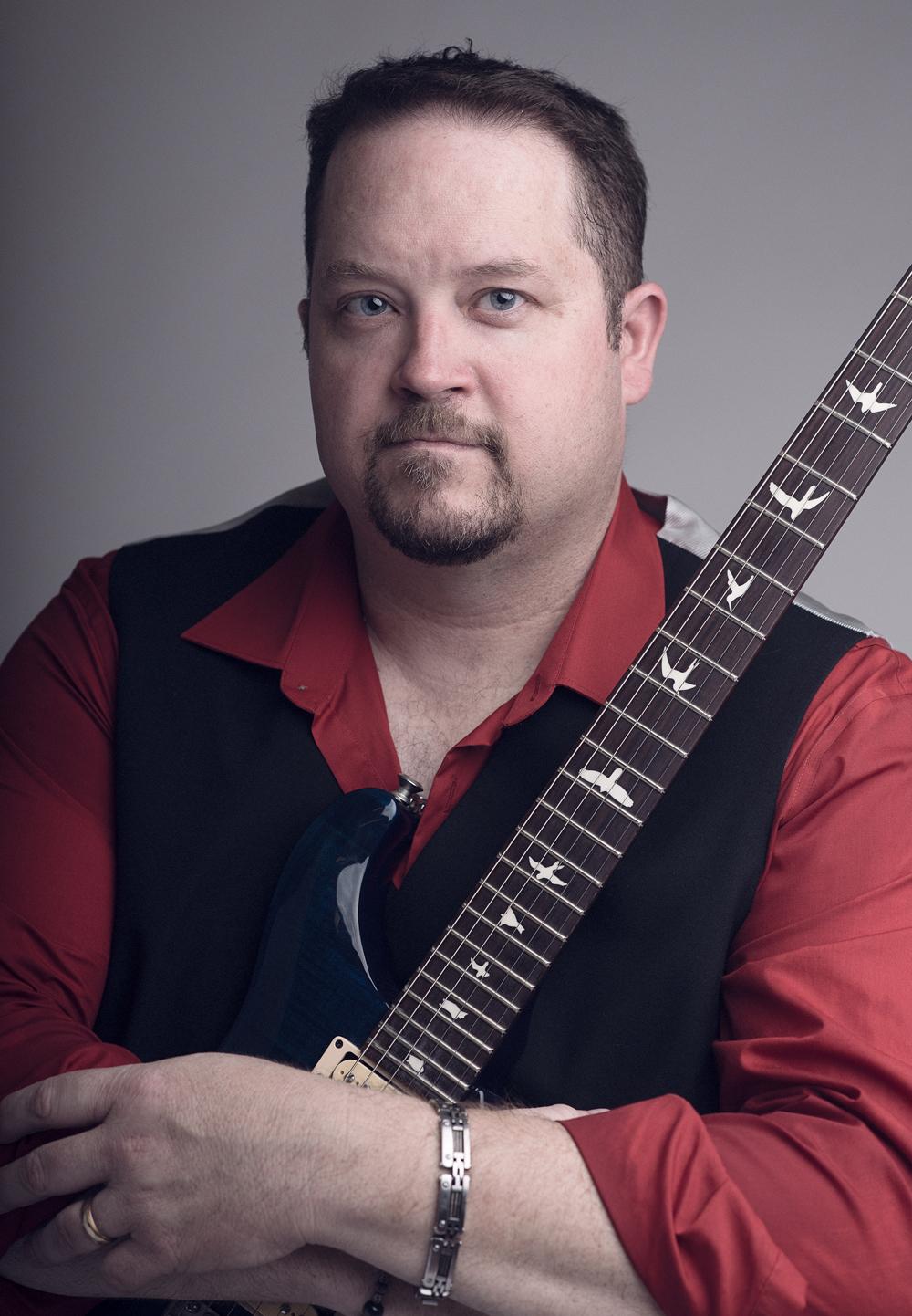 Ken Leclercq - Lead Vocals / Guitar
