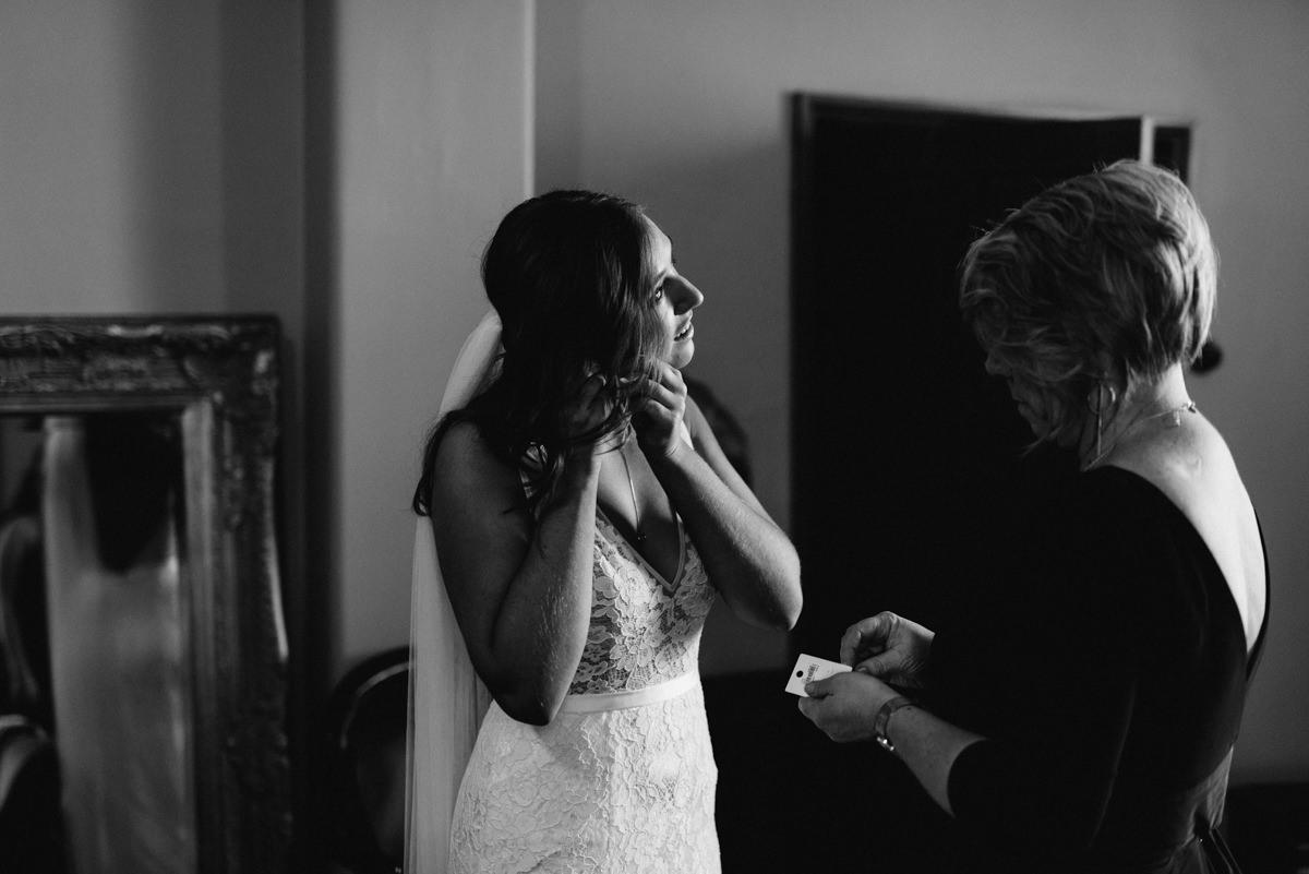 Wedding-Photohraphy-Launceston-Entally-5.jpg