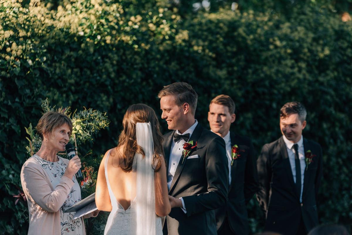 Wedding-Photohraphy-Launceston-Entally-17.jpg