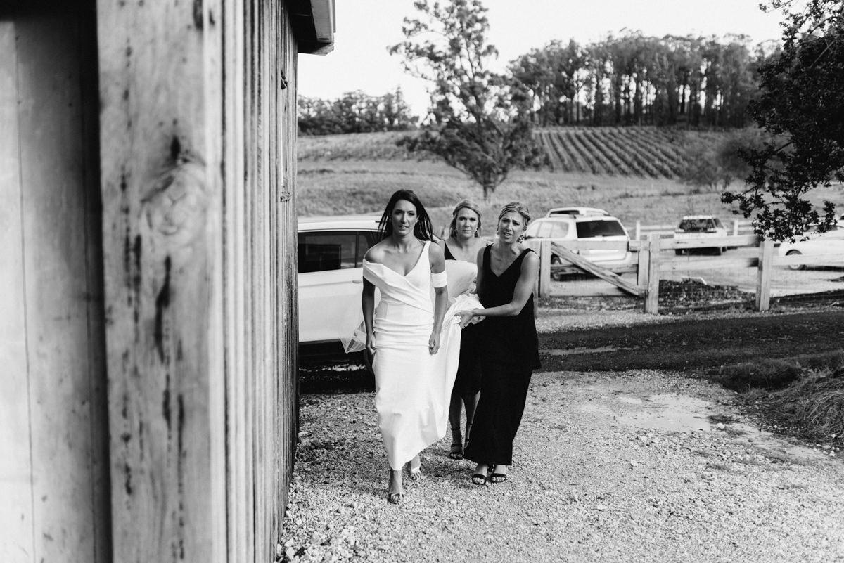 Wedding-Photohraphy-Launceston-Wines-For-Joanie-17.jpg