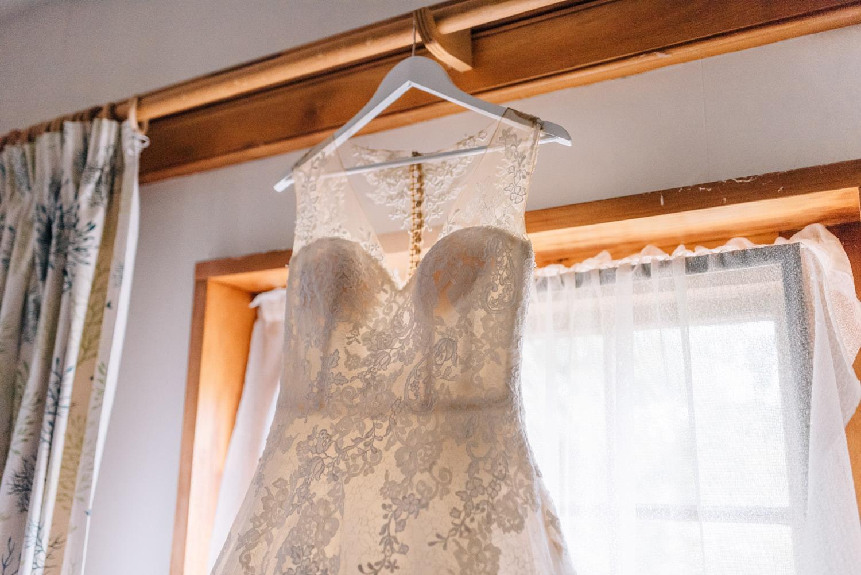 Brickendon-Wedding-Photographer-1.jpg