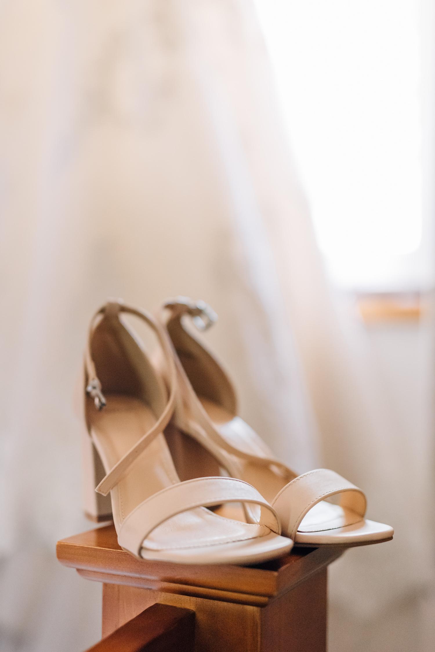 Brickendon-Wedding-Photographer-2.jpg