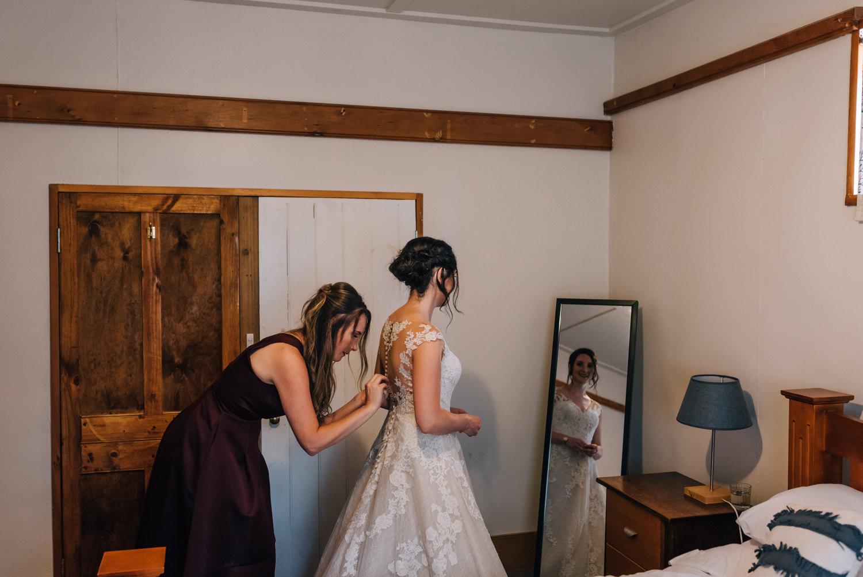 Brickendon-Wedding-Photographer-11.jpg