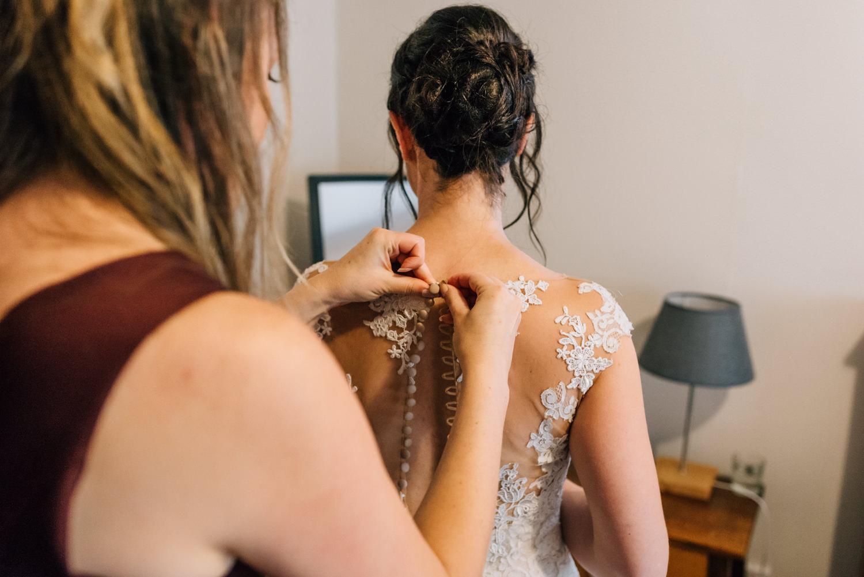 Brickendon-Wedding-Photographer-12.jpg