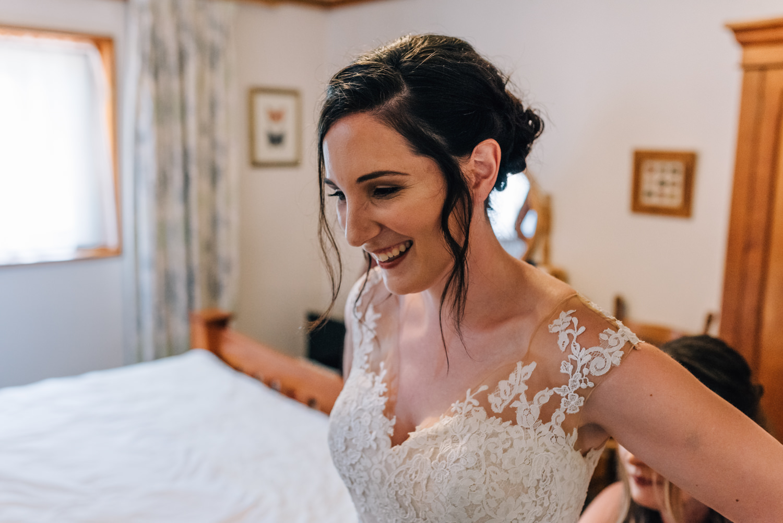Brickendon-Wedding-Photographer-14.jpg
