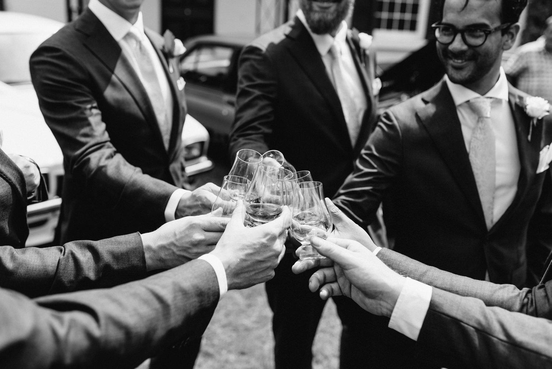 Brickendon-Wedding-Photographer-17.jpg