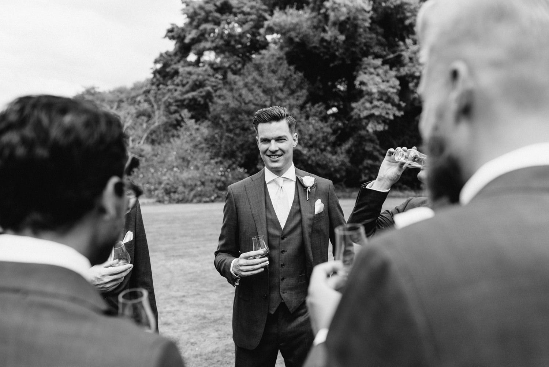 Brickendon-Wedding-Photographer-18.jpg