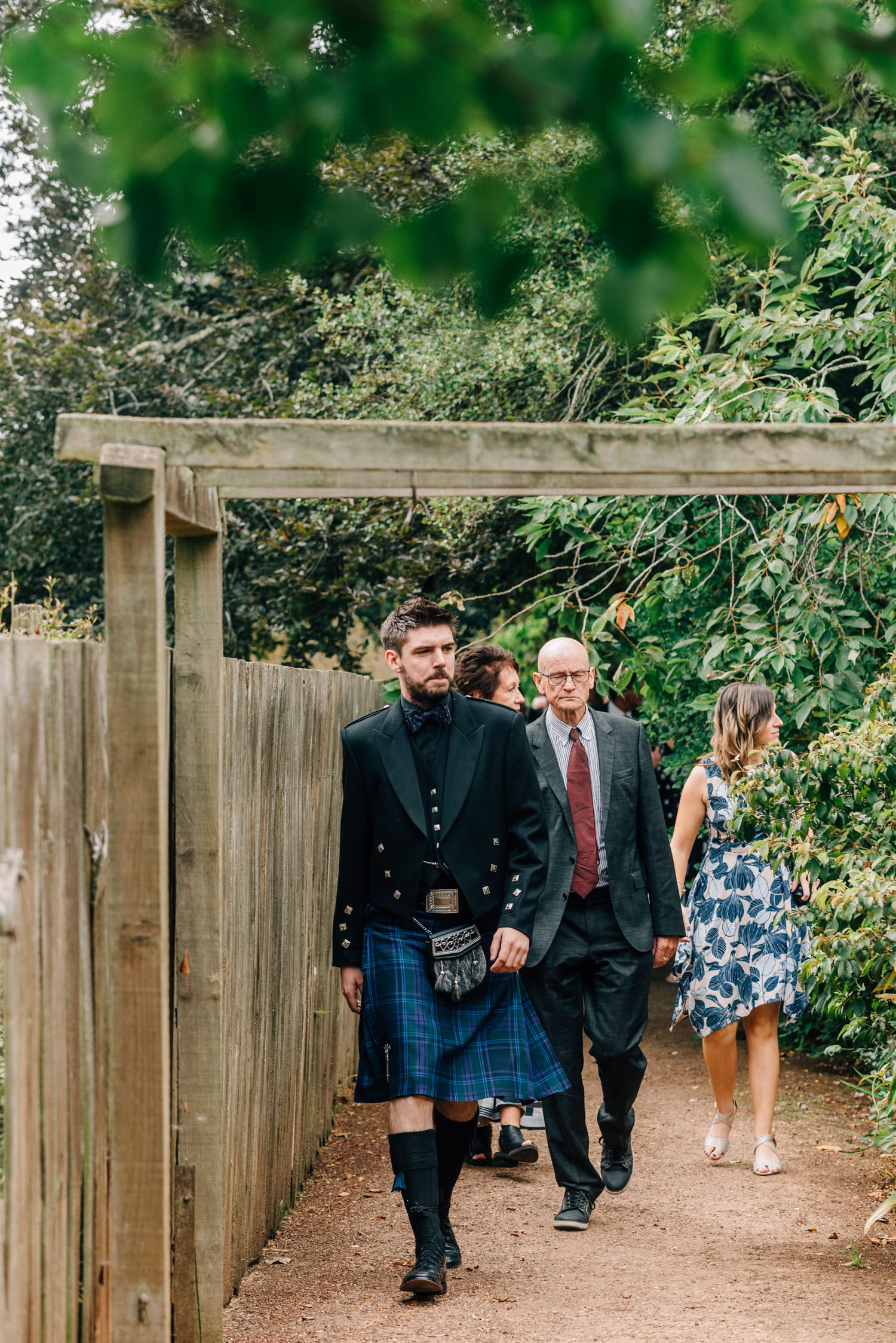 Brickendon-Wedding-Photographer-24.jpg
