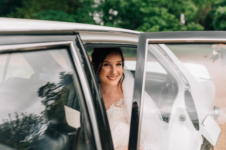 Brickendon-Wedding-Photographer-29.jpg