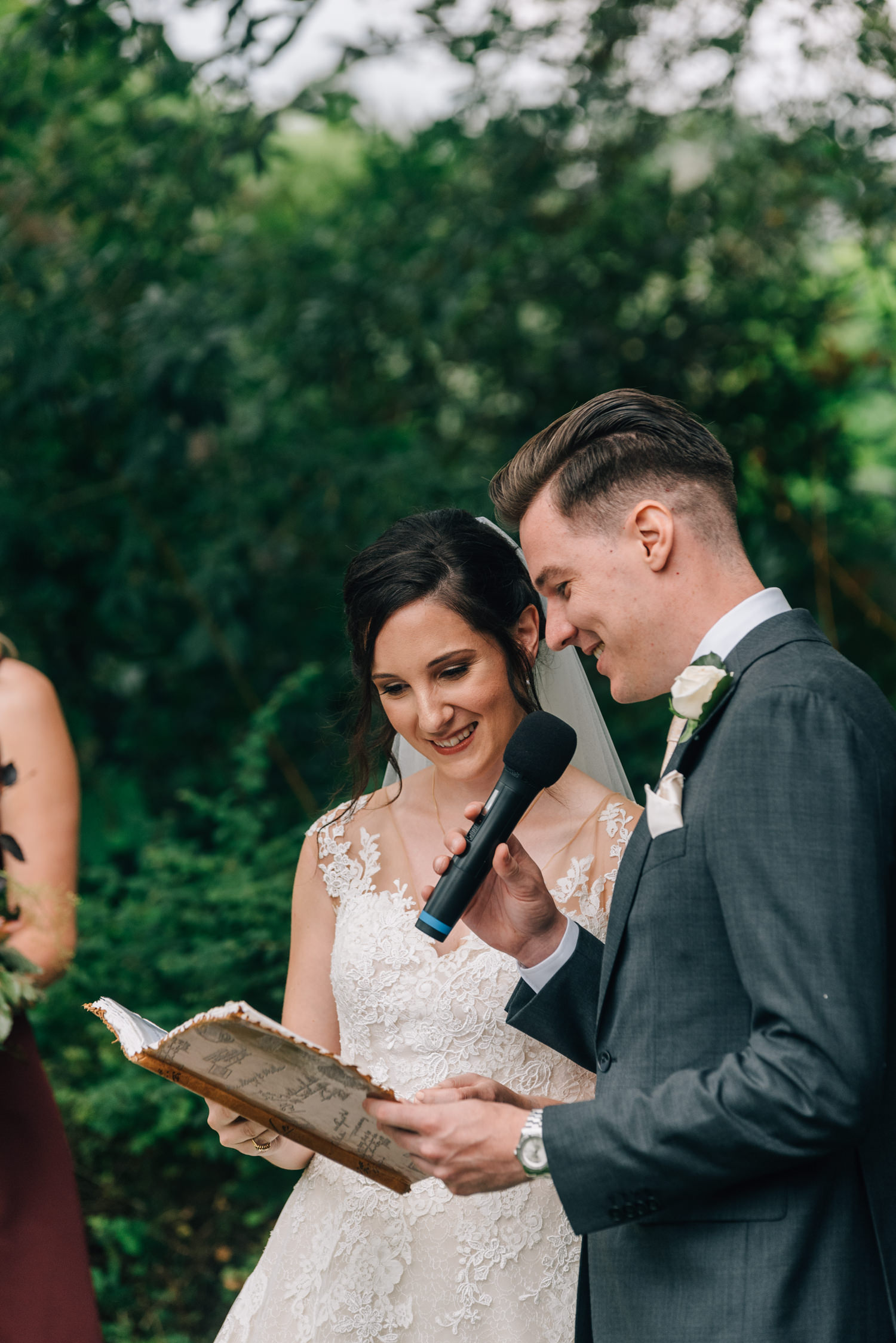 Brickendon-Wedding-Photographer-52.jpg