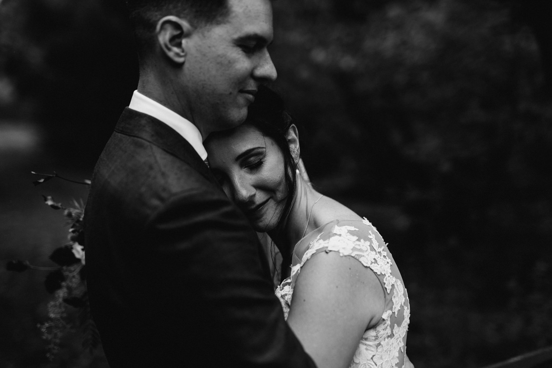 Brickendon-Wedding-Photographer-99.jpg