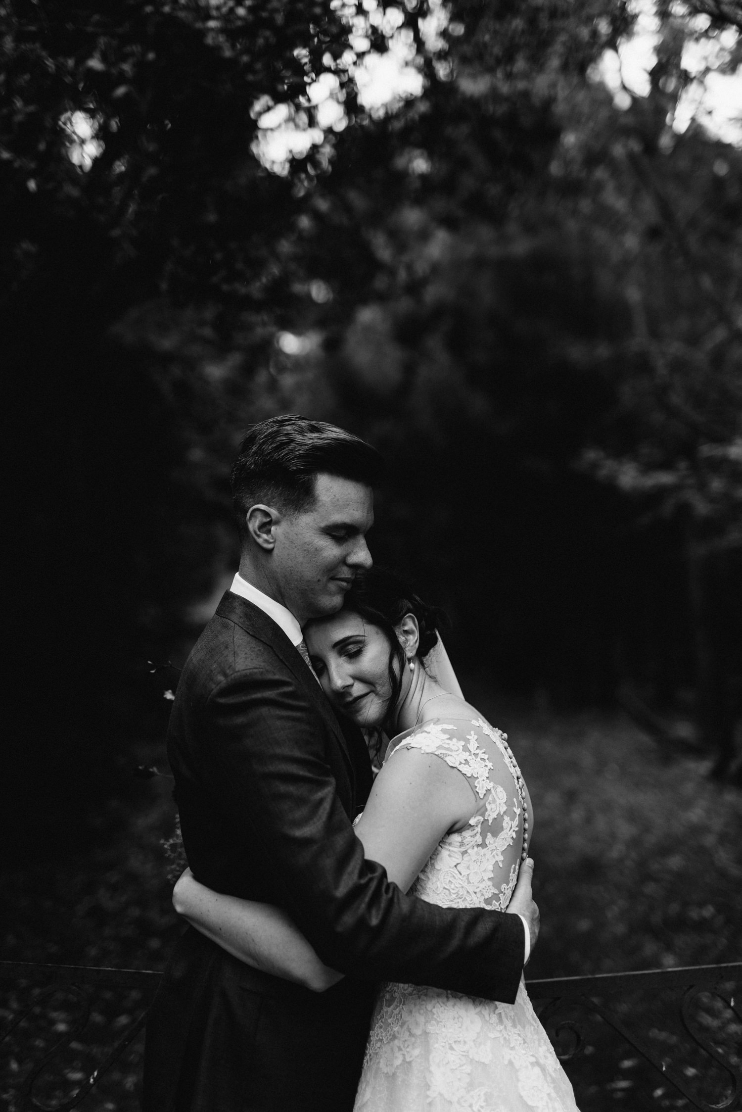 Brickendon-Wedding-Photographer-100.jpg