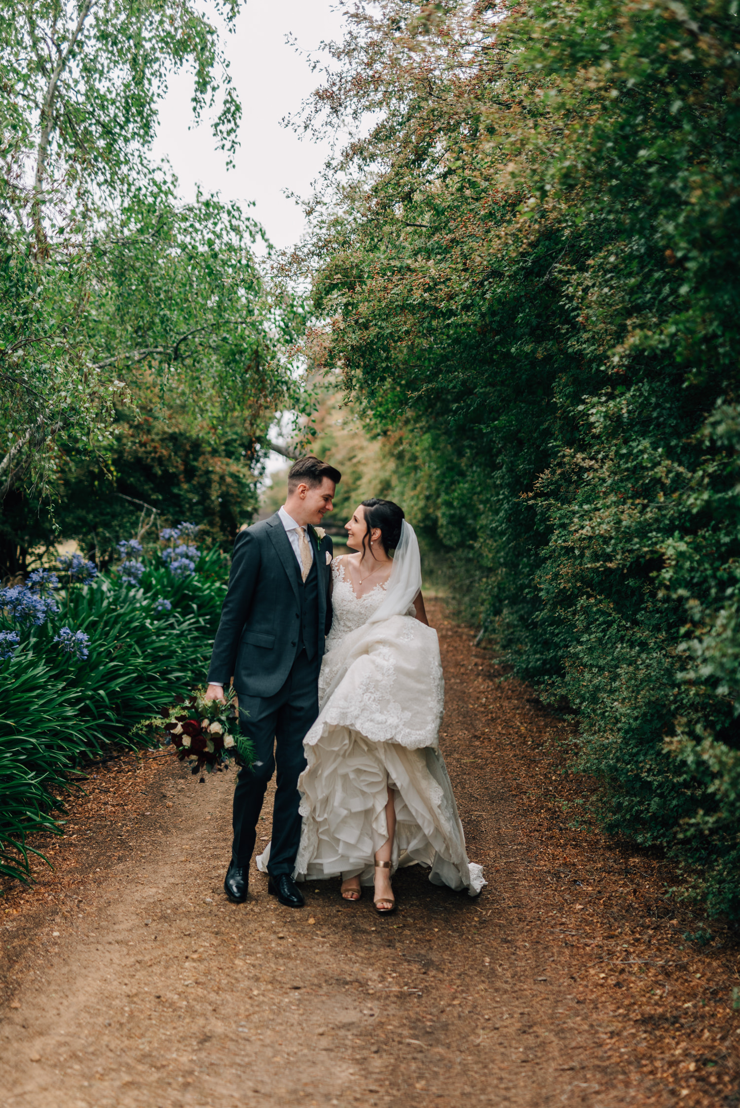 Brickendon-Wedding-Photographer-102.jpg