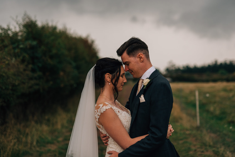 Brickendon-Wedding-Photographer-111.jpg