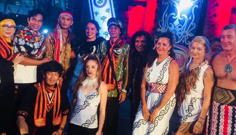 whare karioi maori performance art
