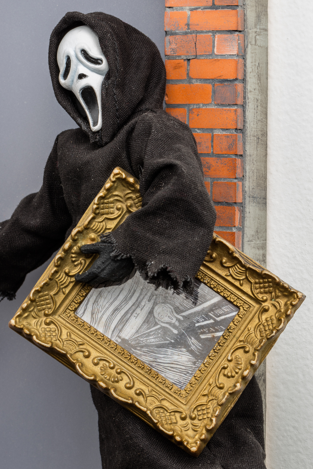 Forced to Sell Artwork from Person Collection in Order to Offset Living Expenses, Questionable Provenance Limits Resale Opportunities (The Scream), 2016 (detail)