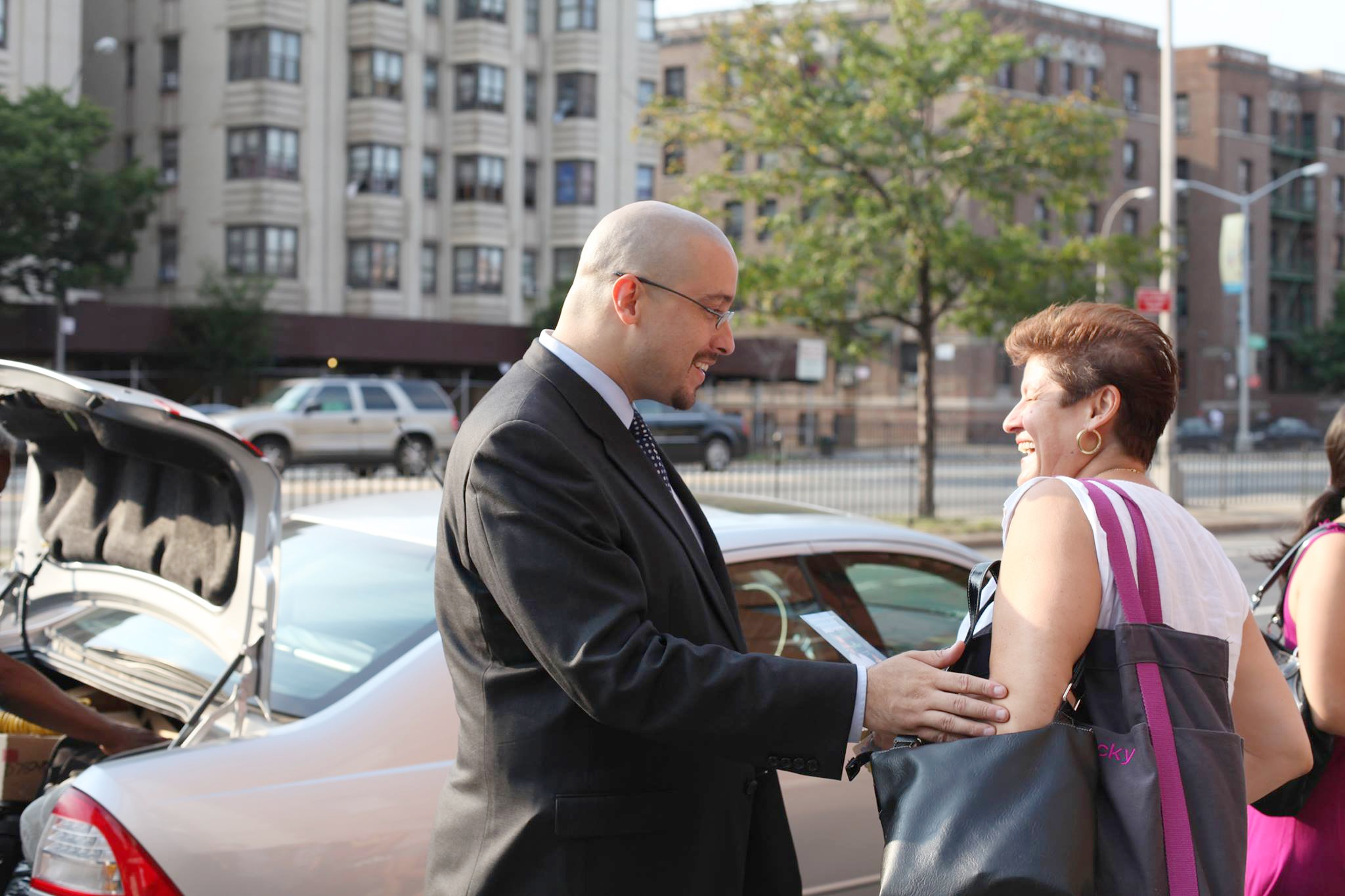 For the last 6 years, Gustavo Rivera has fought for the Bronx, increasing the minimum wage, bringing record funding to our schools, protecting tenants against landlord abuses, and passing paid family leave for families across the state.