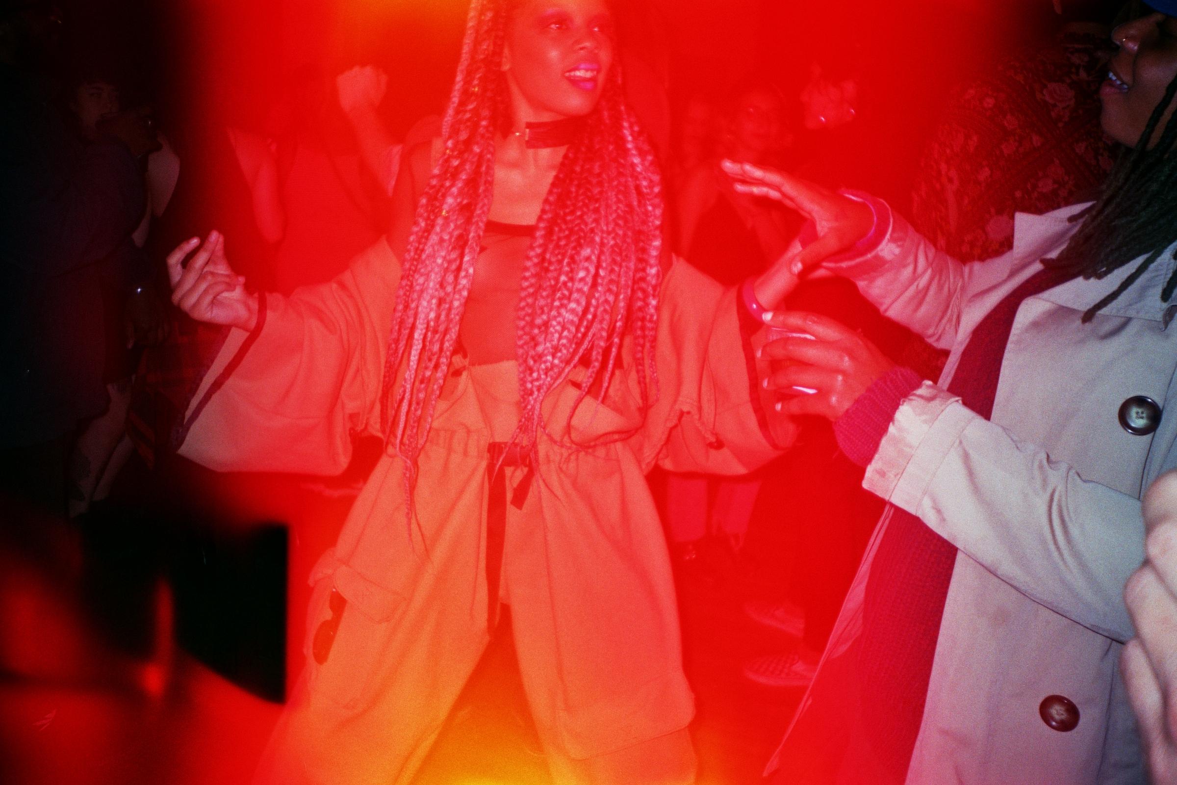 Siri and Vatana dancing at the closing party.