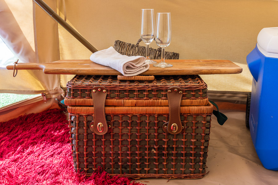 The Tent House - Gulaga: Picnic basket.