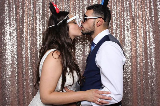 We 💛 weddings and can't wait to work with our 2019 couples! ✍️ . . . #almostvalentinesday #holdthemoments #photoboothrental #photoboothtoronto #torontophotobooth #torontophotoboothrental #photoboothfun #photoboothprops #gtaweddingphotographer #gtawedding #weddingtoronto #torontoweddingvendors #fotobitsphotobooth #fotobitsco