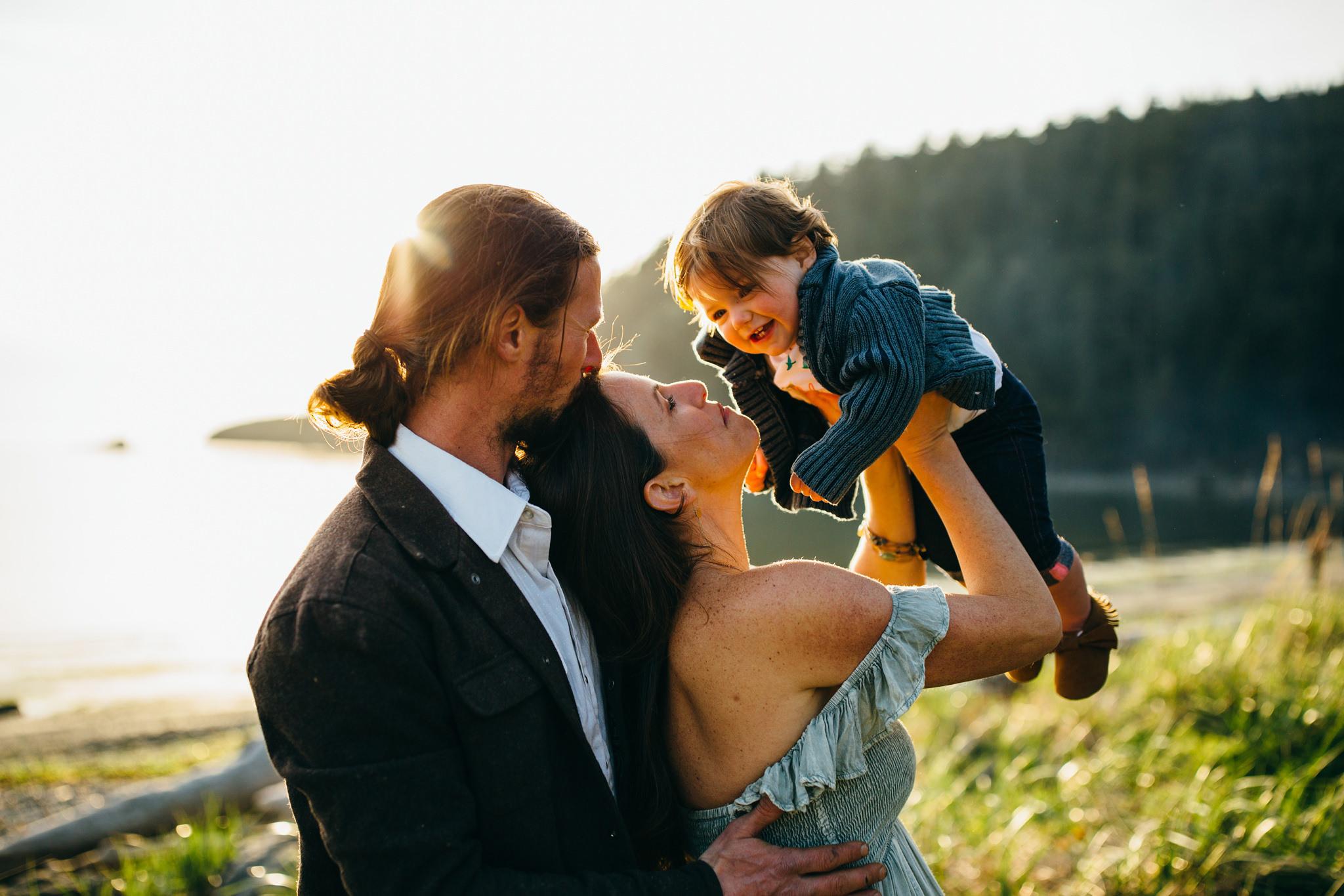 bowman-bay-oak-harbor-family-photographer-4.jpg