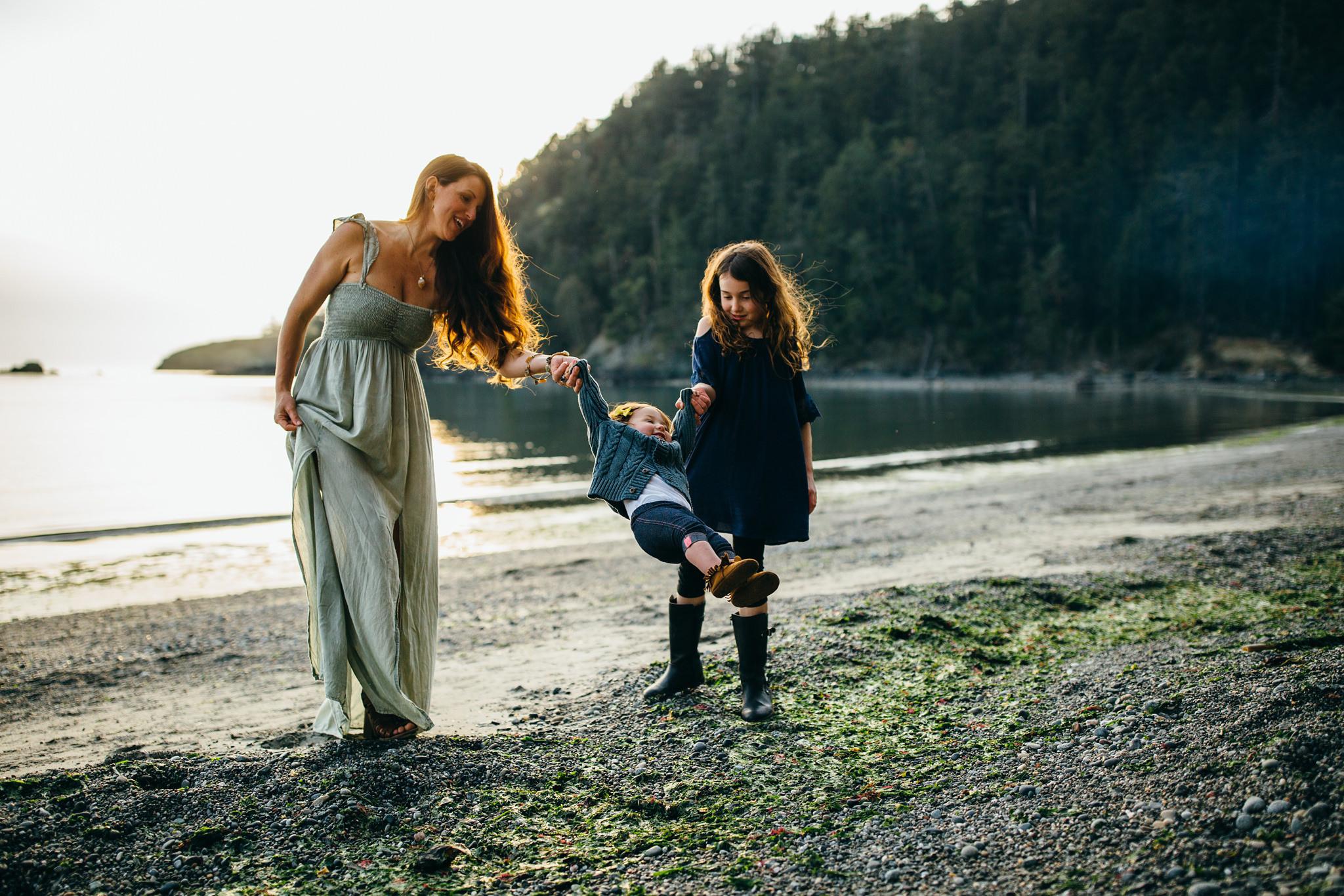 bowman-bay-oak-harbor-family-photographer-13.jpg