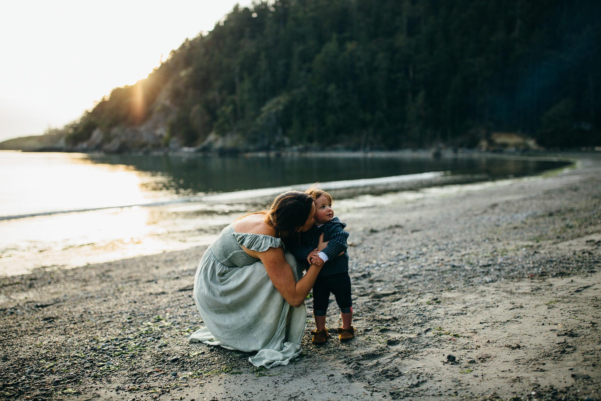 bowman-bay-oak-harbor-family-photographer-16.jpg