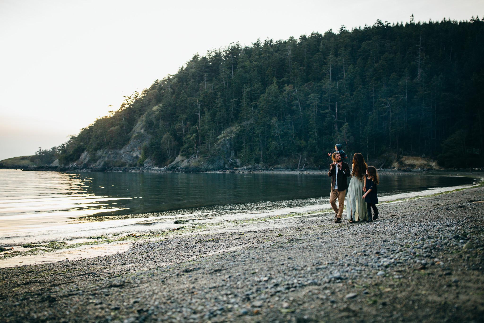 bowman-bay-oak-harbor-family-photographer-33.jpg