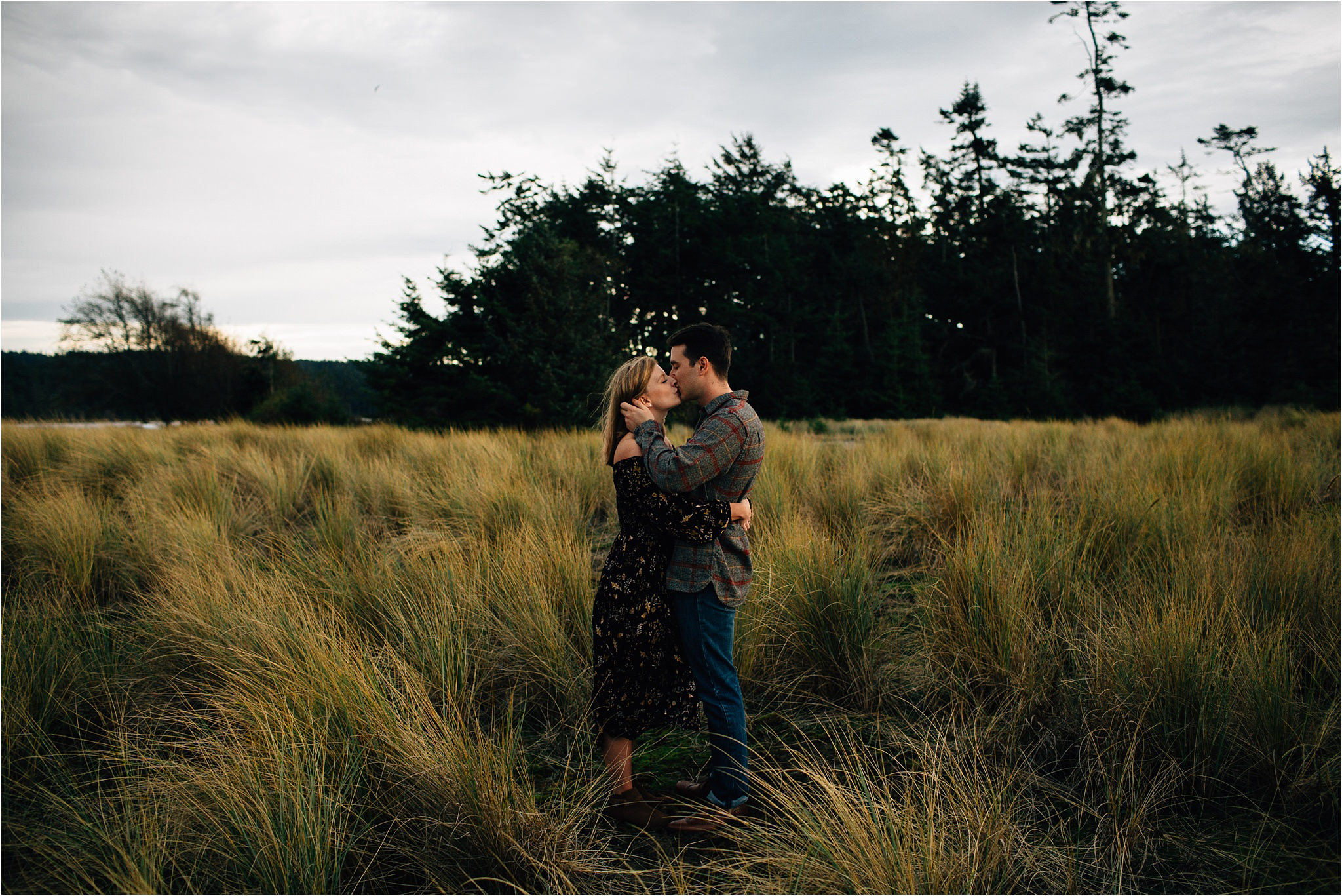 oak-harbor-couples-photographer-deception-pass-5.jpg
