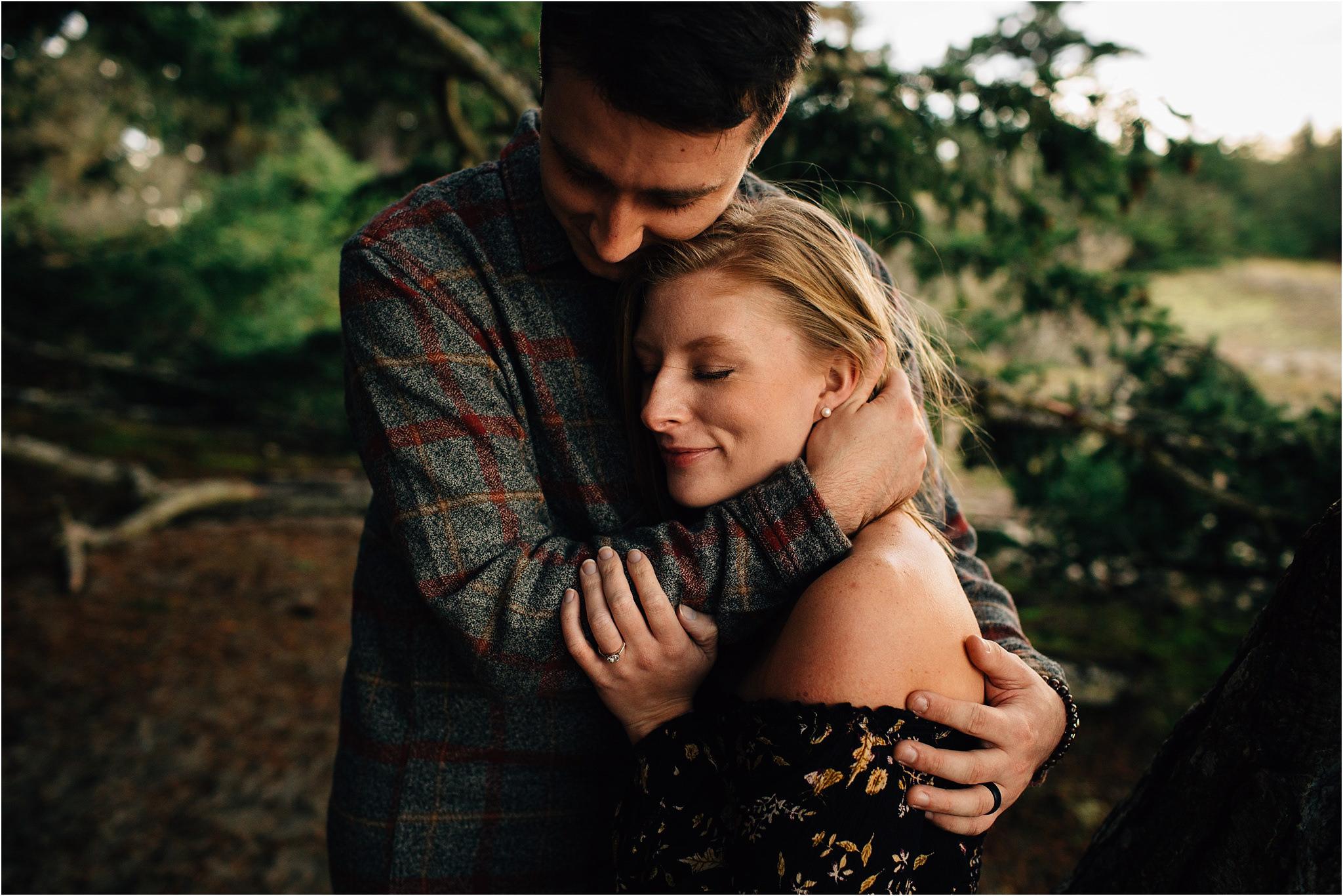 oak-harbor-couples-photographer-deception-pass-13.jpg