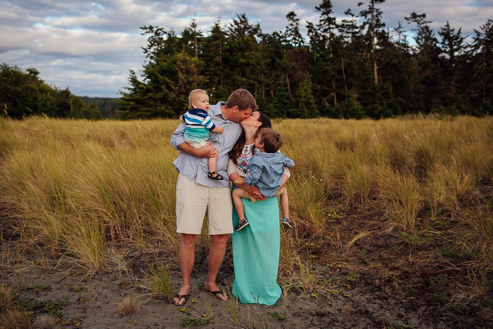 Whidbey-Island-Family-Photographer-Kara-Chappell-Photography_0059.jpg