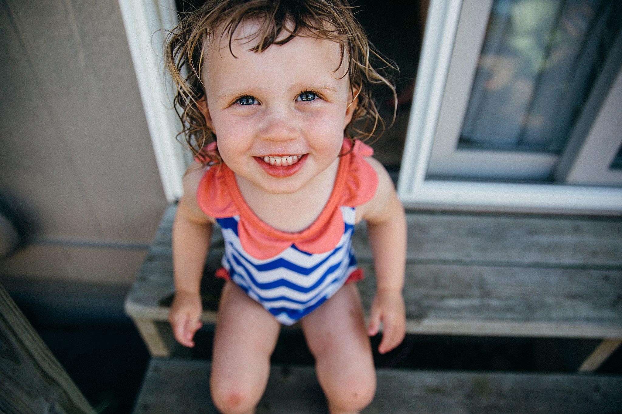 backyard-summer-playtime-with-cousins_0008.jpg
