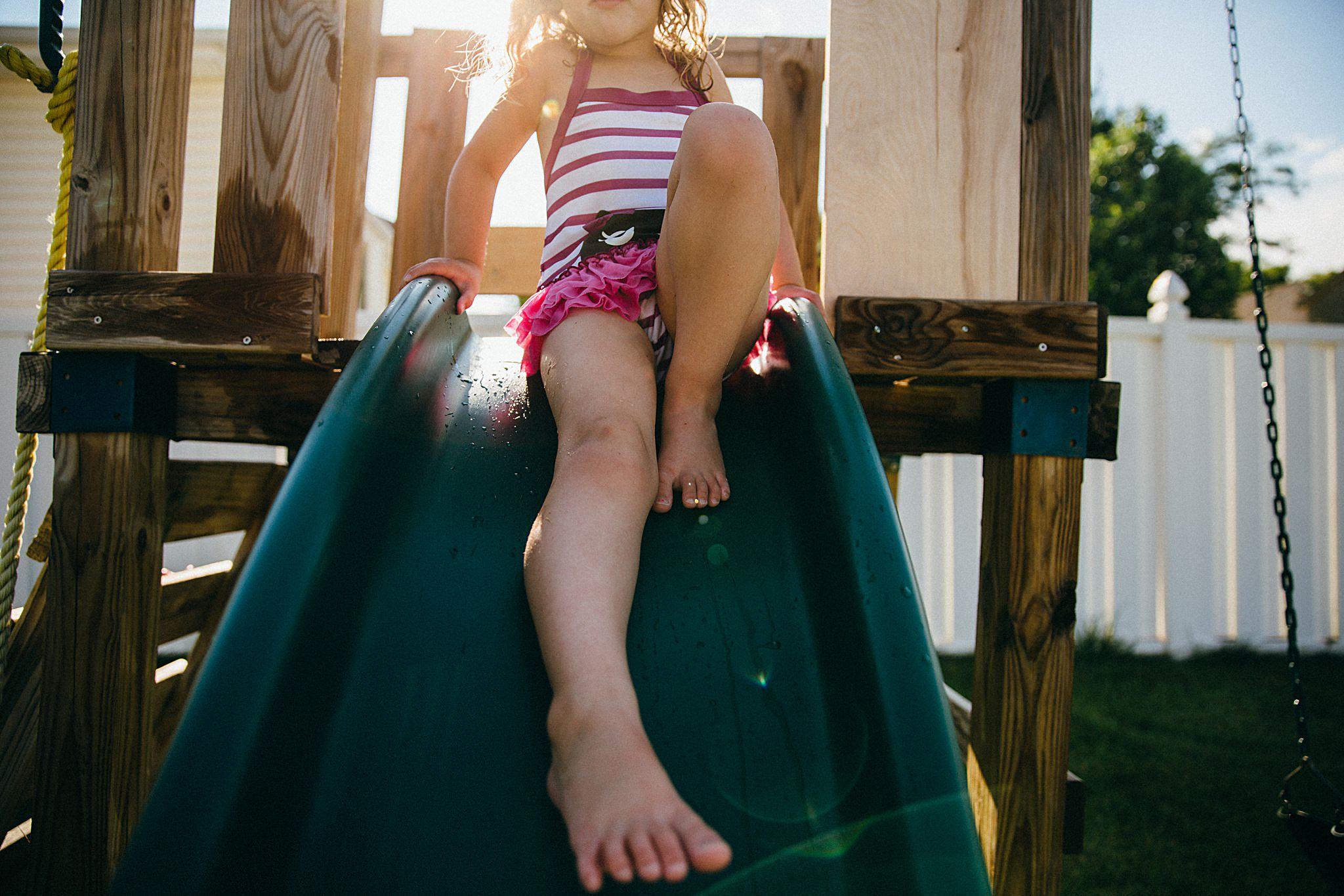 backyard-summer-playtime-with-cousins_0015.jpg