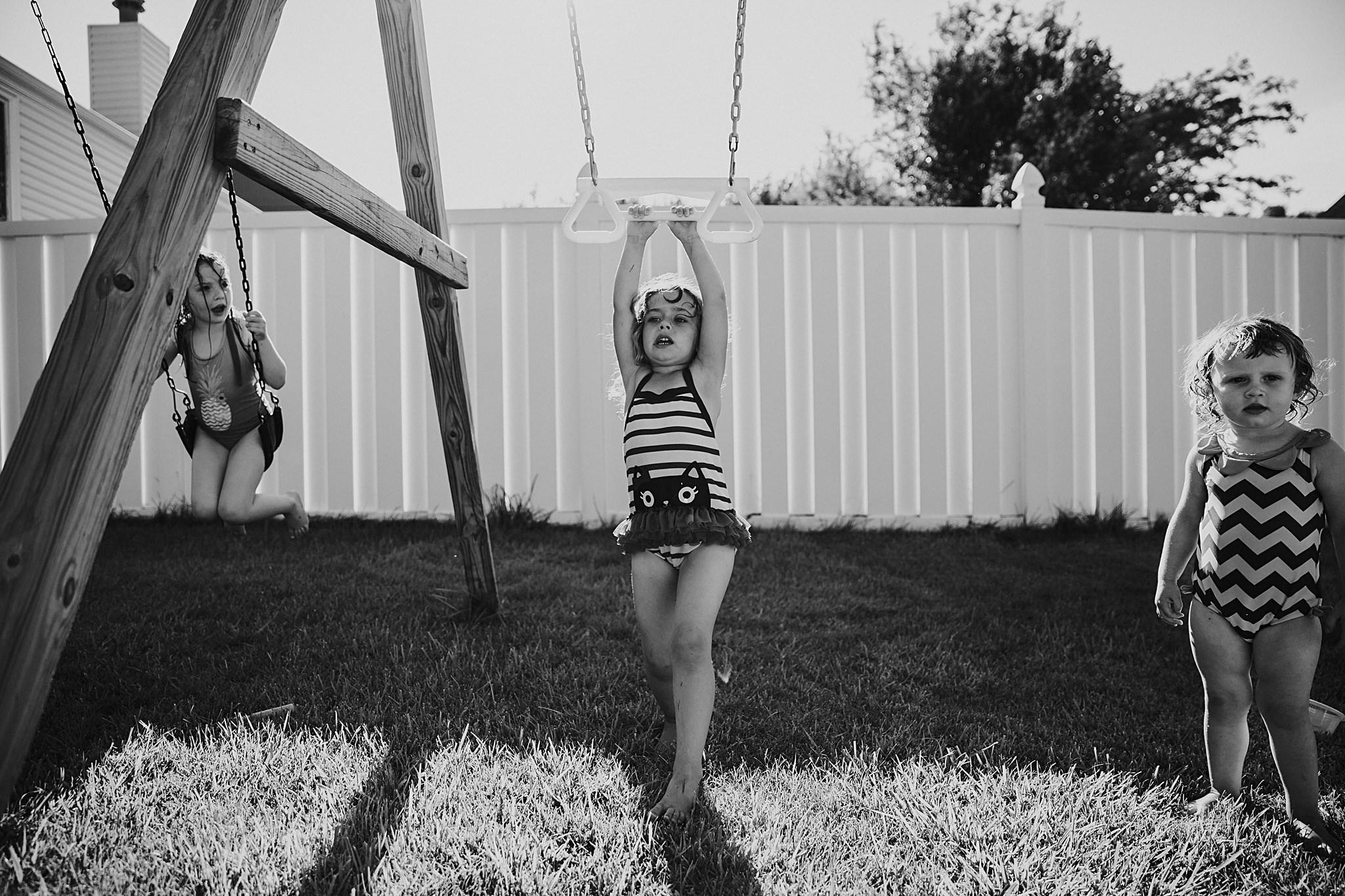 backyard-summer-playtime-with-cousins_0022.jpg