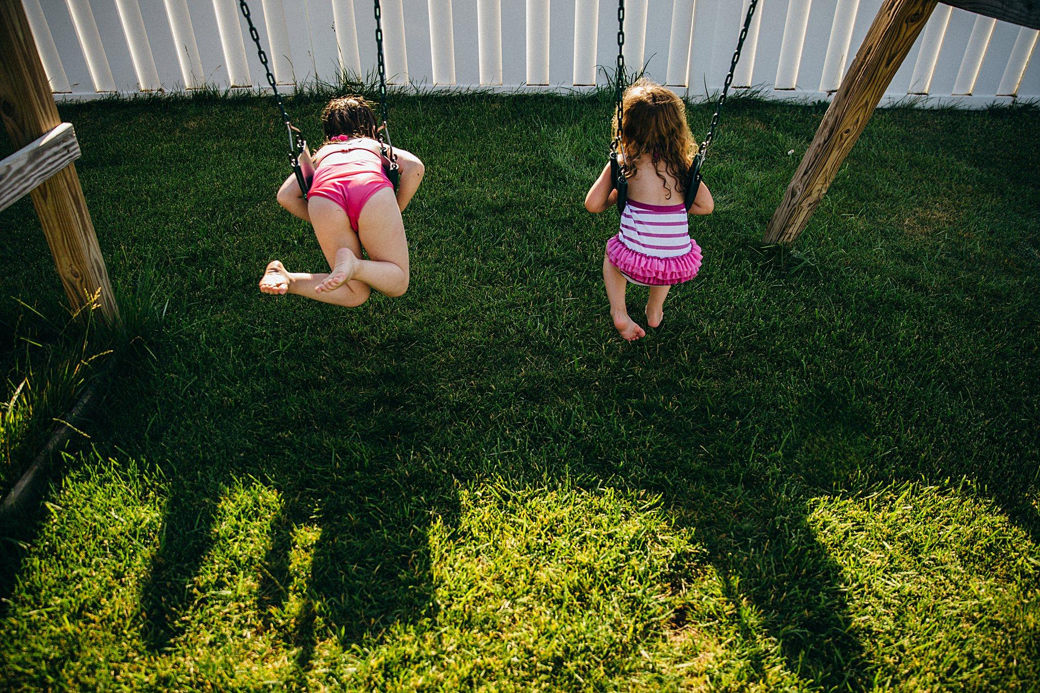 backyard-summer-playtime-with-cousins_0027.jpg