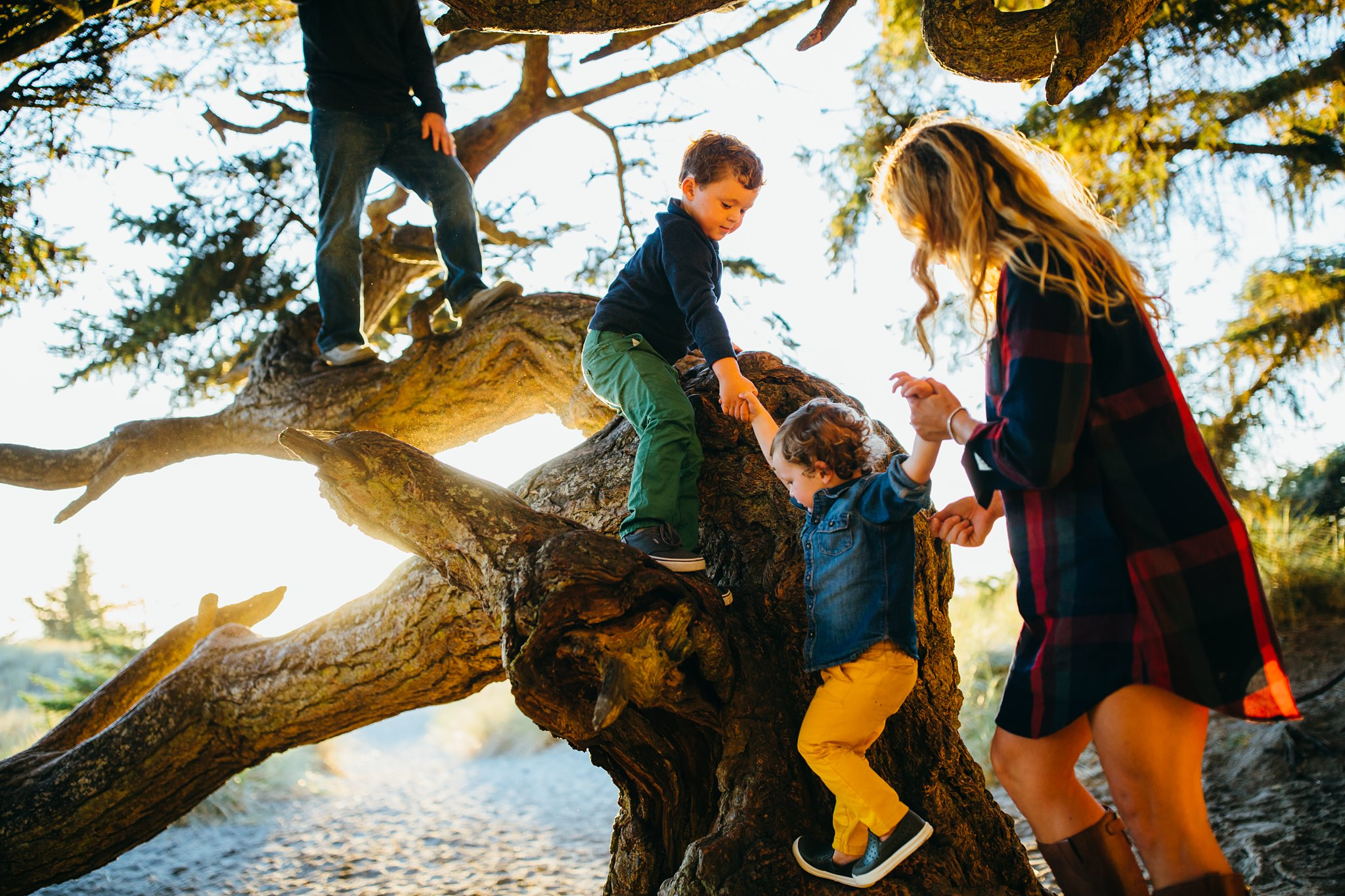 Fall Beach Family Pictures   Whidbey Island Photographer