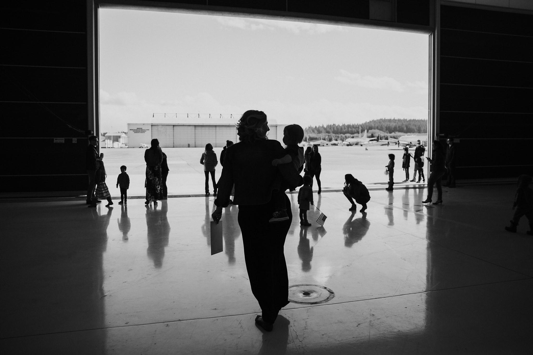 NAS Whidbey Island Homecoming | Oak Harbor, WA Family Photographer