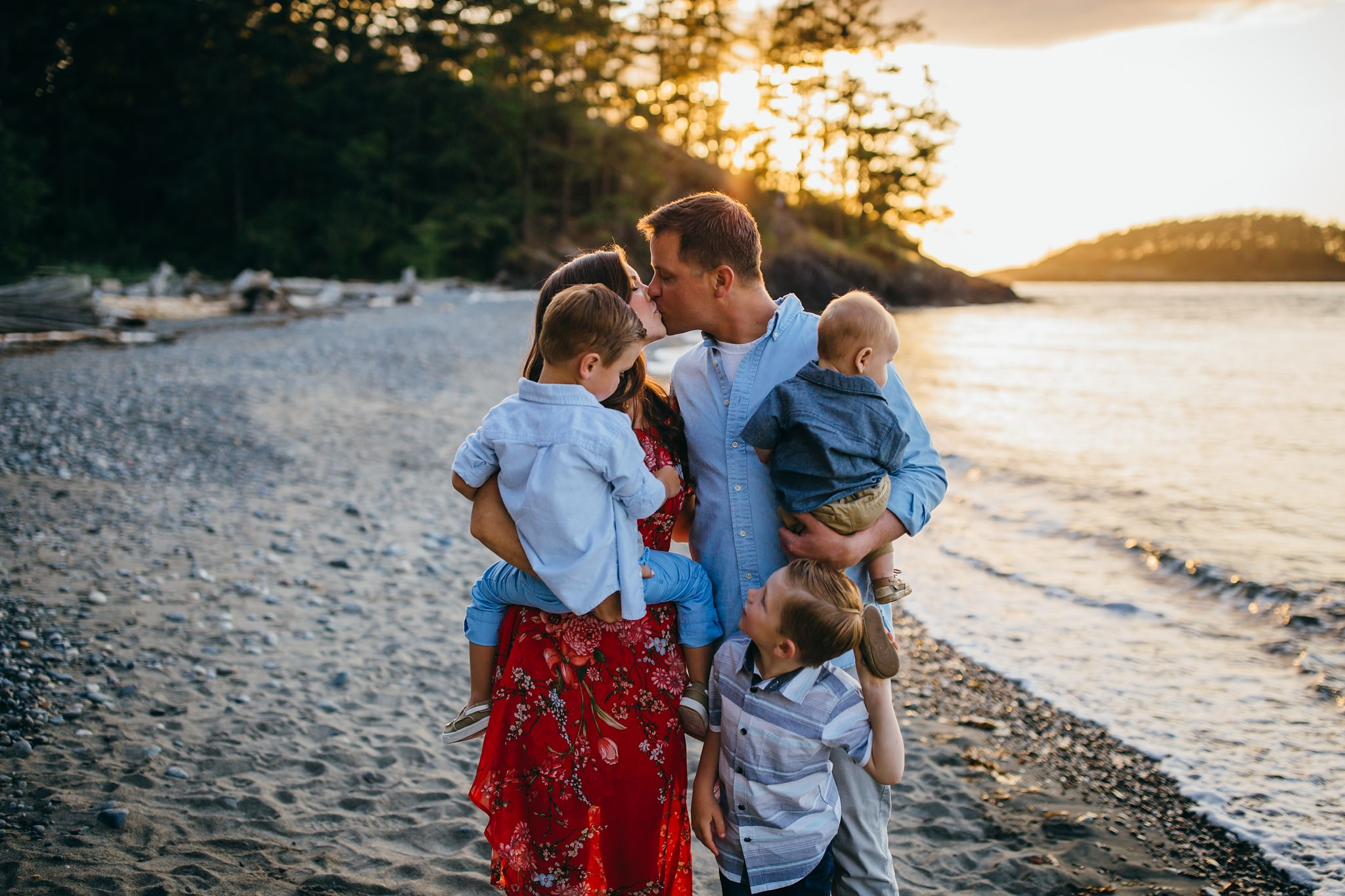 Family plays on Deception Pass beach | Whidbey Island Family Photographer