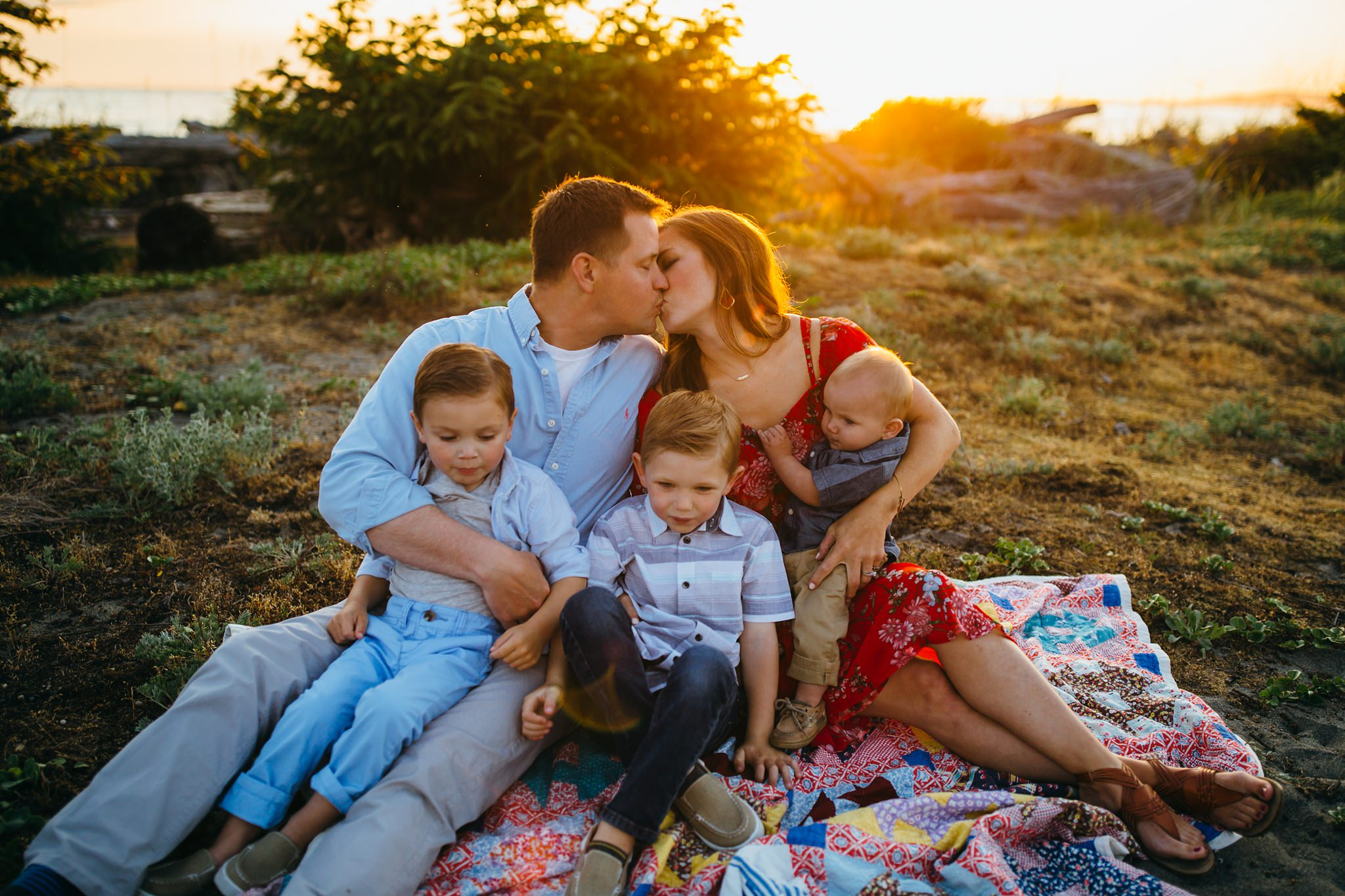 Family snuggles at Deception Pass State Park | Oak Harbor Family Photographer