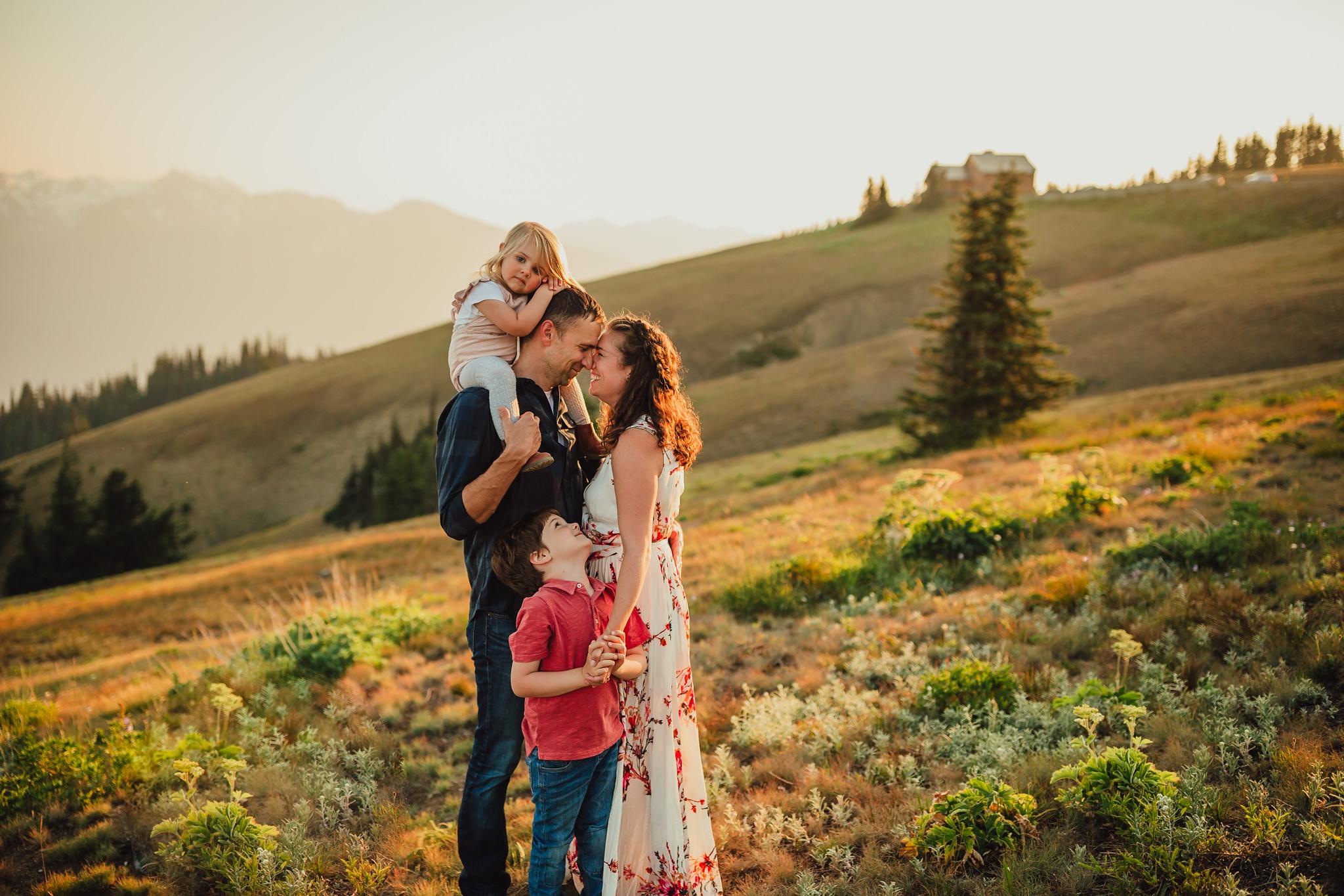 Seattle family photographer hurricane ridge