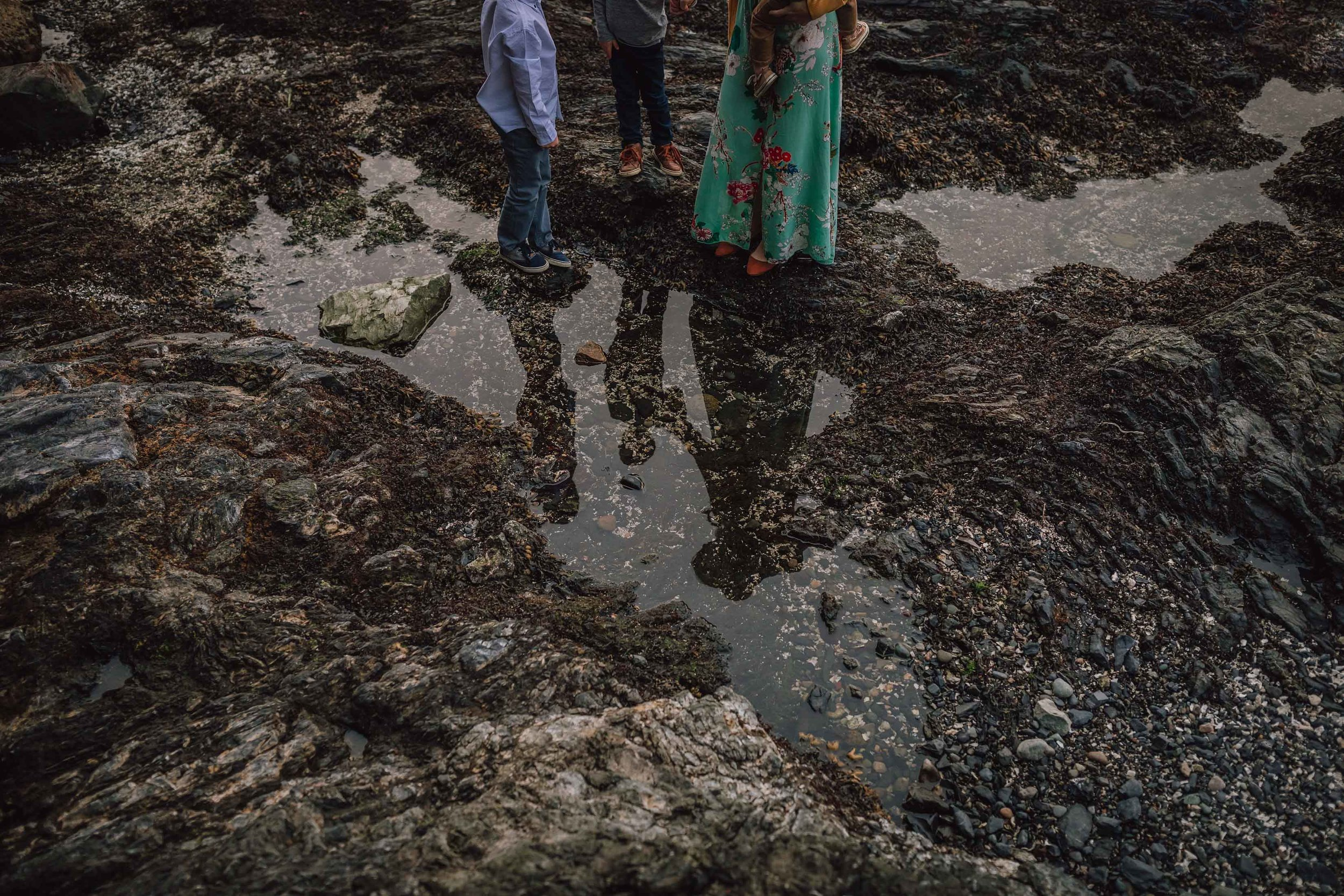 family session at Rosario Bay | Kara Chappell Photography