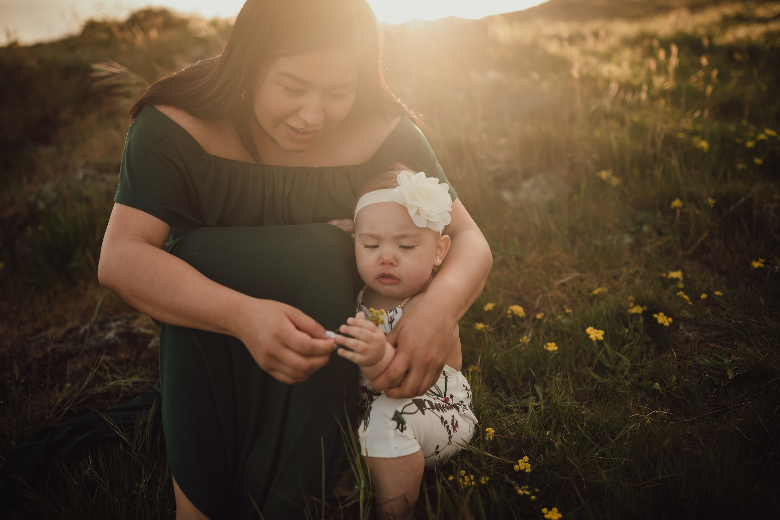 motherhood mini session | Kara Chappell Photography