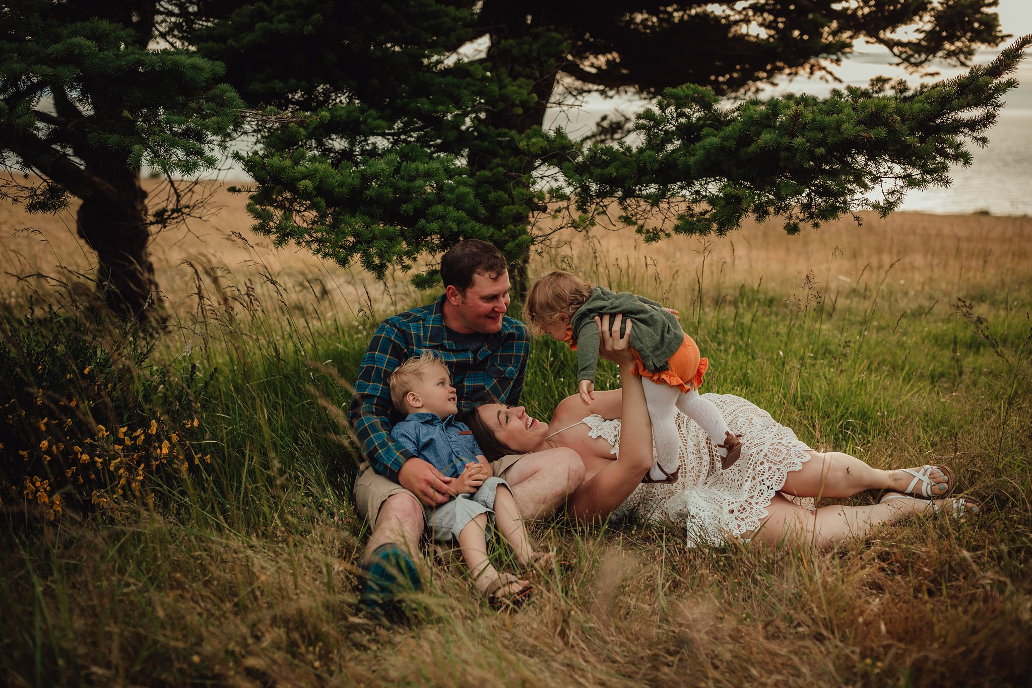 best family photographers near fort ebey state park