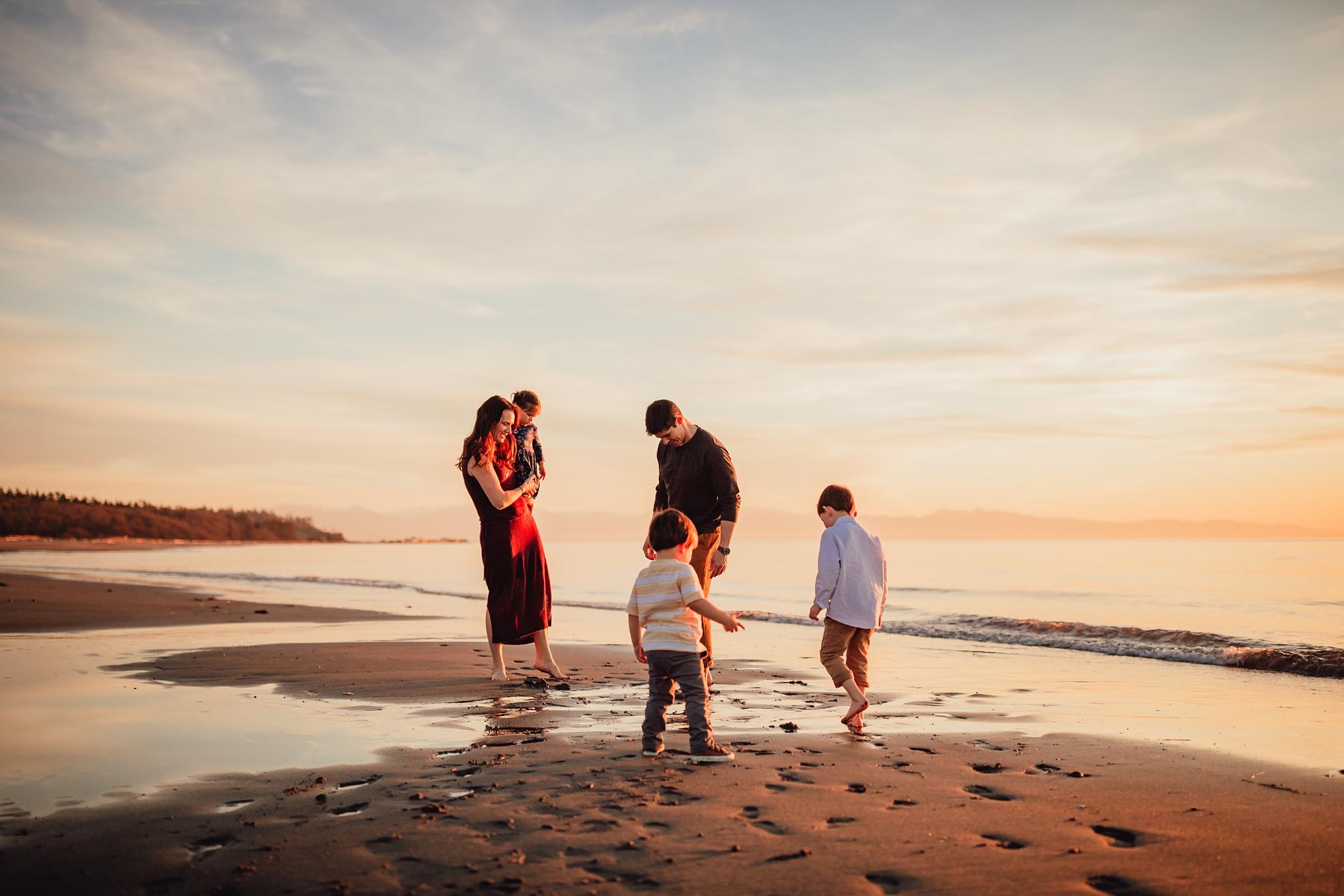 Rocky Point Beach  family photographer