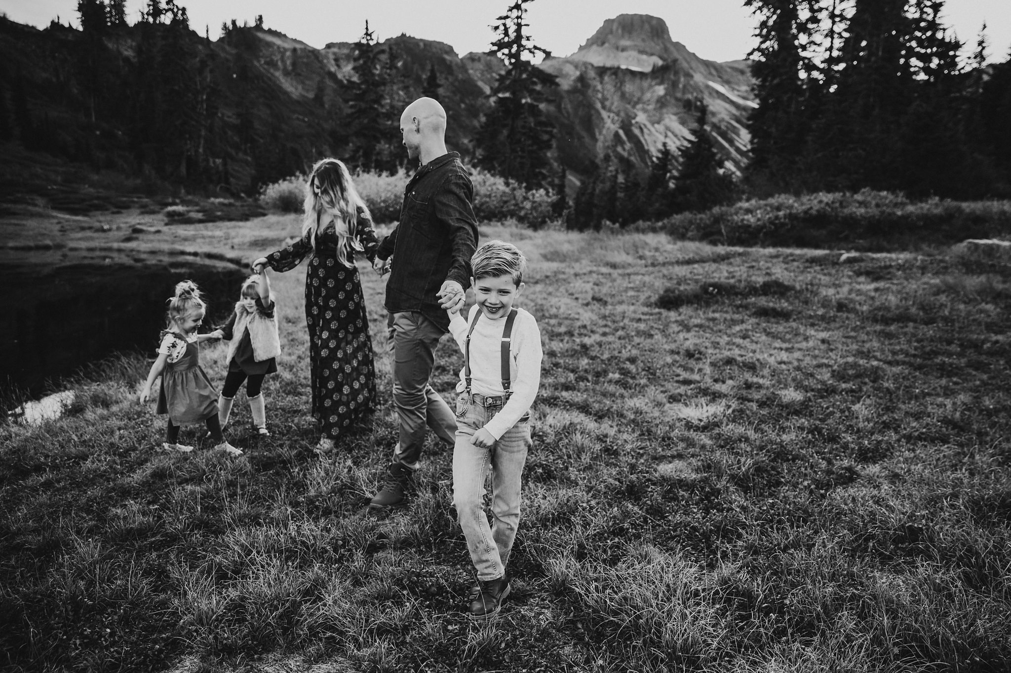 lifestyle photographer at mount baker
